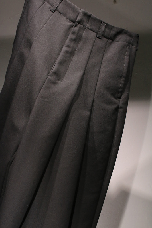 PAGGY PANTS(BLACK)